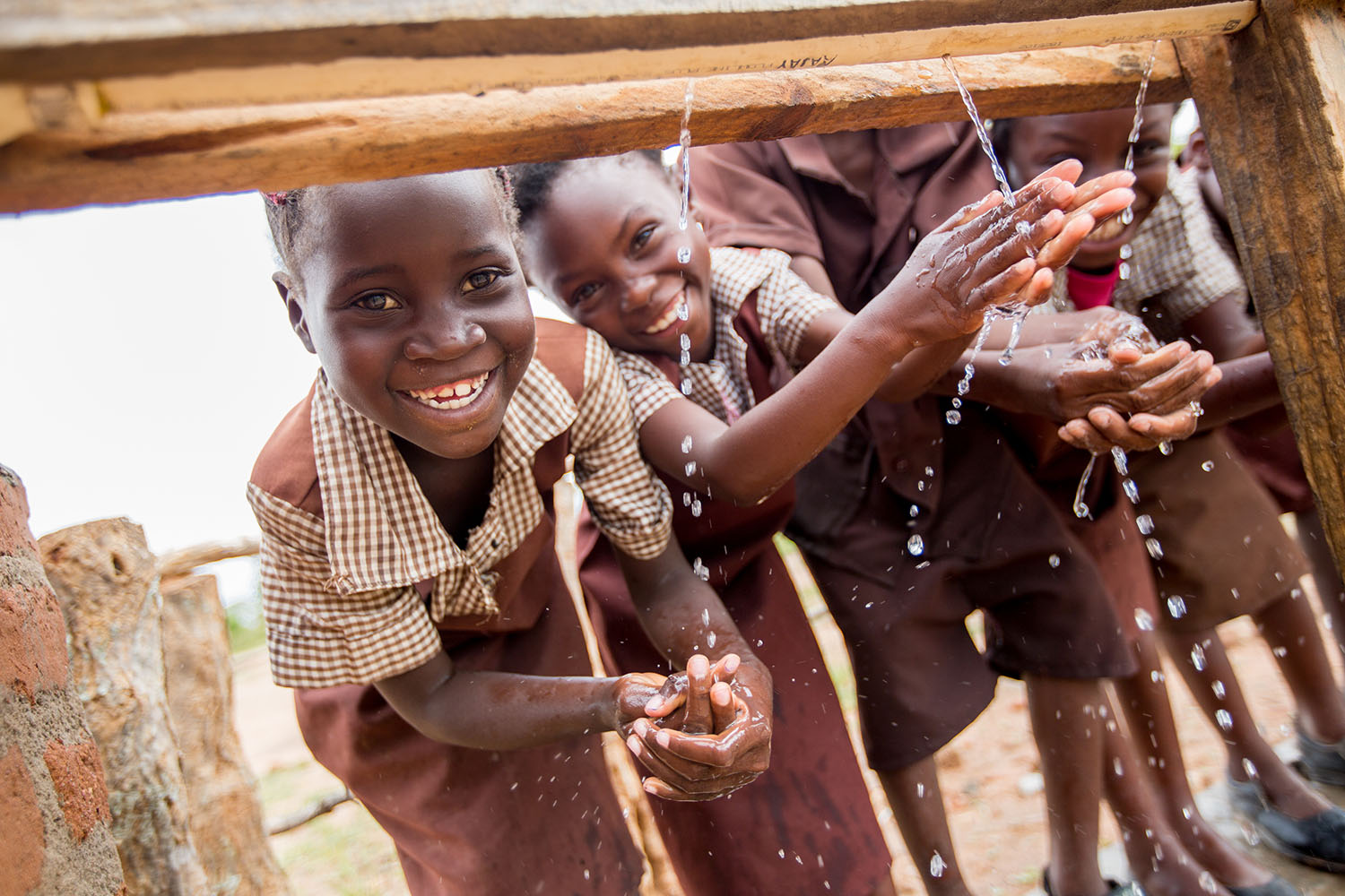 Access to water and sanitation is a basic human right. T is also a pre-condition for social and economic development. In Zambia, UNICEF strives to improve access to WASH for vulnerable children and women in rural communities, schools and health facilities