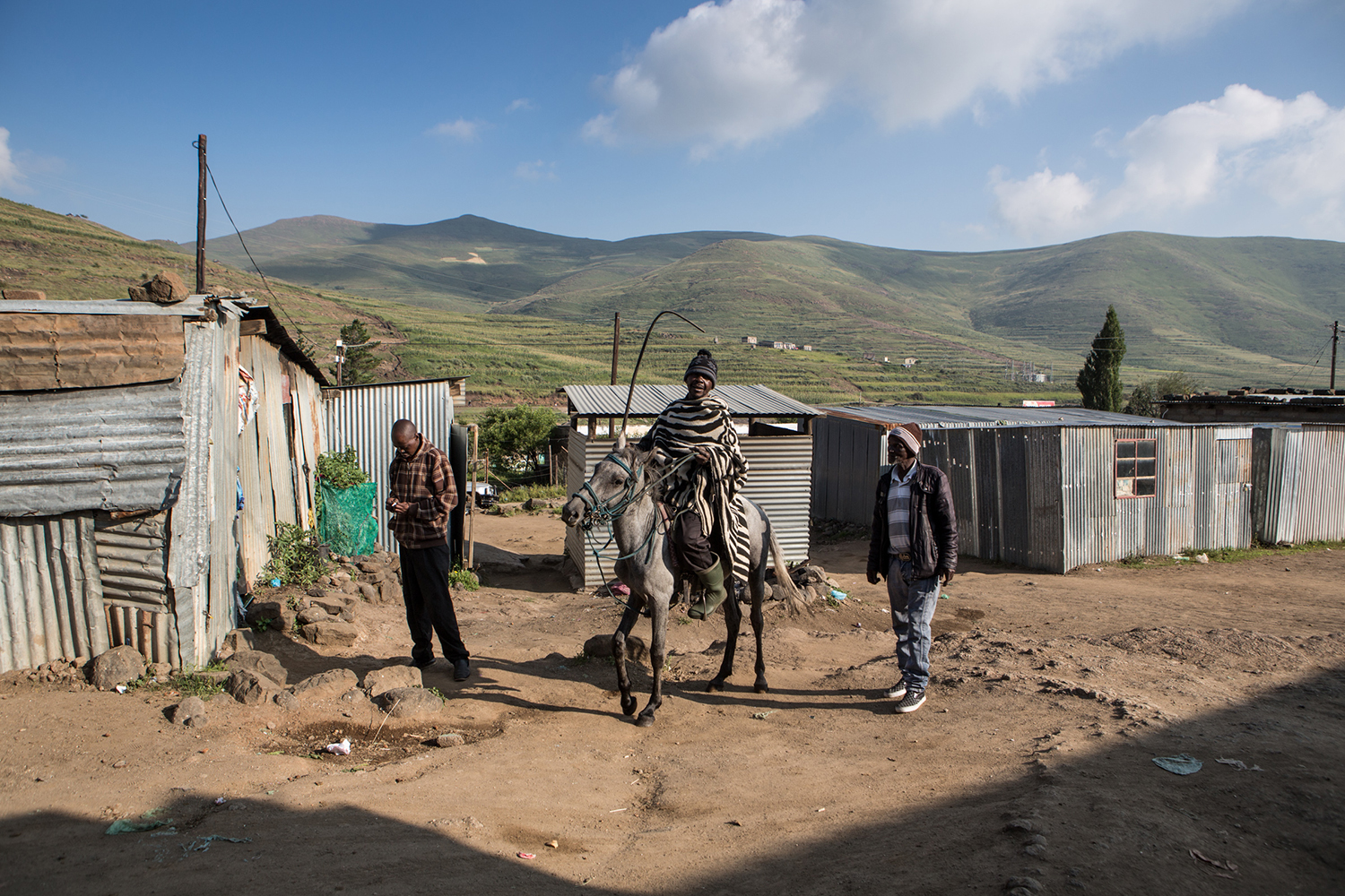 General View of life in the Lesotho Mountains (UNICEF/Schermbrucker)